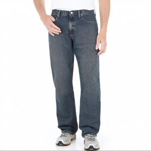 Wrangler Men's Premium Relaxed Straight Jeans